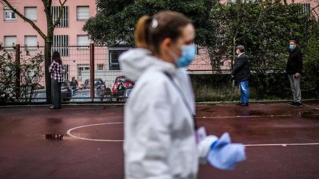 AO MINUTO: Novo recorde de vítimas mortais; 300 pessoas em festa ilegal