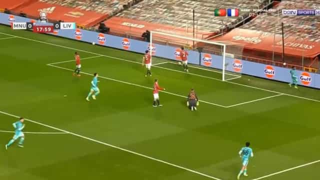 Salah inaugura marcador no United-Liverpool com este belo golo