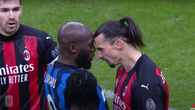 Lukaku e Ibrahimovic pegaram-se e tiveram que ser separados
