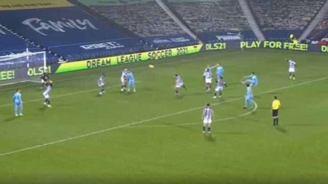 O grande (e também insólito) golo de João Cancelo pelo Manchester City