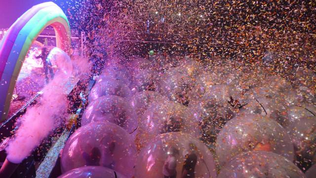 Cada um na sua bolha. Os concertos dos Flaming Lips em tempos de pandemia
