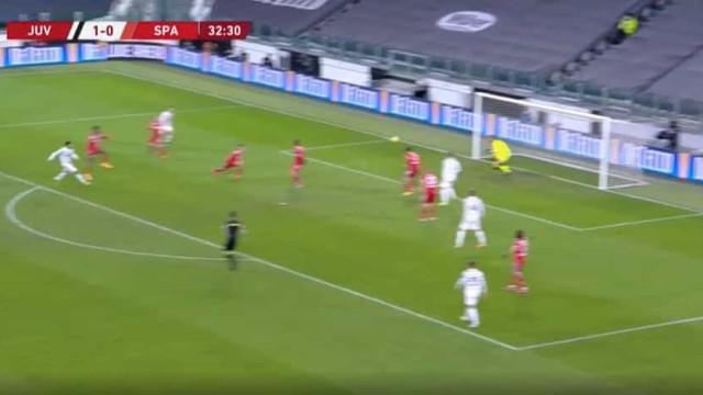 Não há CR7, há Frabotta. Promessa da Juventus marcou 'à bomba'