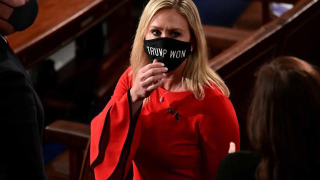 Vídeo mostra atual congressista a confrontar sobrevivente de Parkland