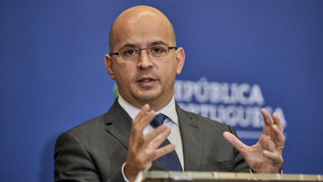 Economia crescerá 4% este ano, promete Leão. Taxa de desemprego nos 7,3%