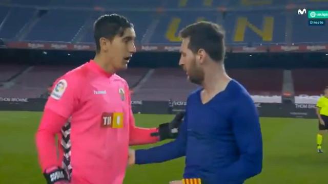 Guardião do Elche pediu camisola a Messi e gesto do craque surpreendeu-o