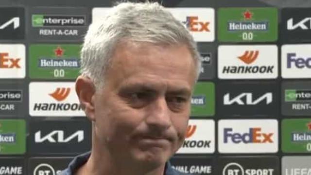 """Mourinho rendido a Dele Alli: """"Deixa-me muito feliz"""""""