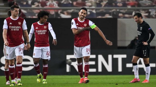 Aubameyang foi quebra-cabeças e Benfica está fora da Liga Europa