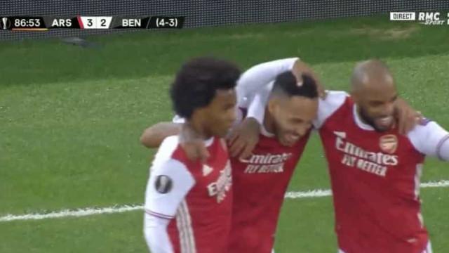 O golo que atirou o Benfica para fora da Liga Europa