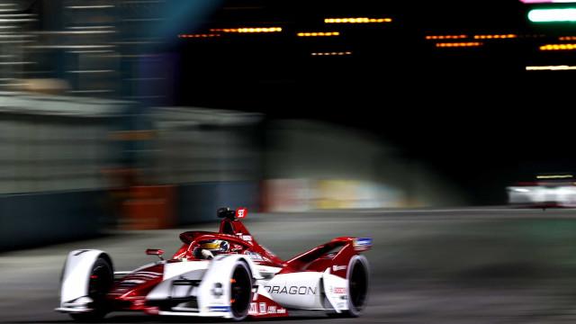 Formula E: As melhores imagens da primeira prova noturna da história