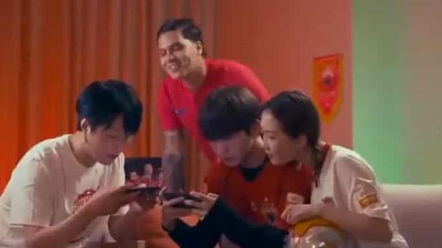 Quintero muda-se para a China e anúncio foi feito de forma original