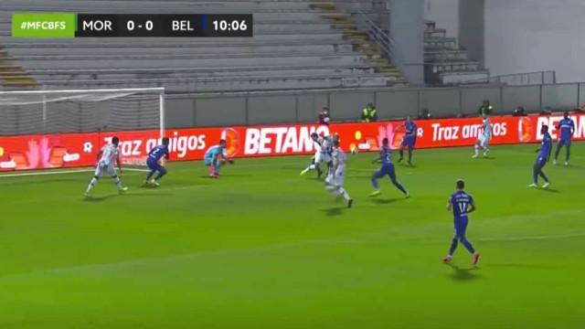 Rafael Martins já em queda adianta o Moreirense diante do Belenenses SAD