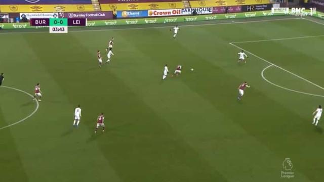 Leicester 'meteu a pata na poça' e Burnley marcou... aos 4 minutos