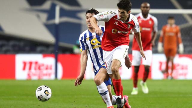 [1-3] FC Porto-Sp. Braga: Matheus segura a vantagem arsenalista