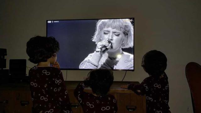 Filhos de Carolina Deslandes estiveram 'colados' ao Festival da Canção