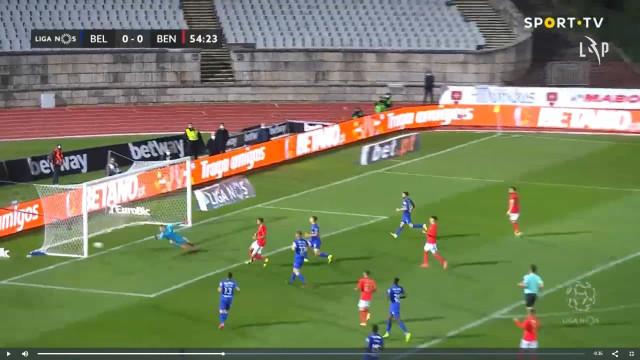 Seferovic abre o marcador no Jamor após excelente assistência de Grimaldo