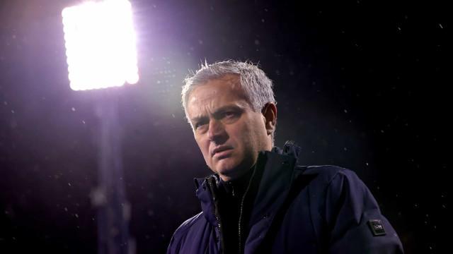 Mourinho prepara 'revolução' no Tottenham e pesos pesados podem sair