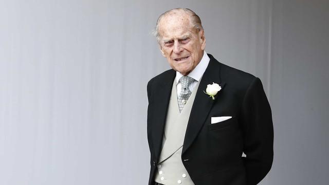 Revelados pormenores de funeral. Desejo de príncipe Filipe será cumprido