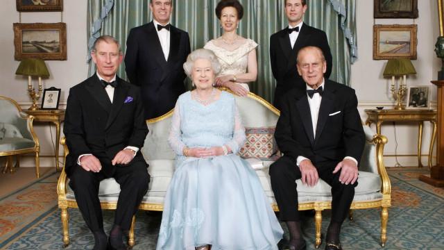 Morte do príncipe Filipe. Quem ficará com o título de duque de Edimburgo?