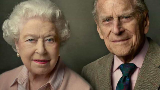 Palácio lembra homenagem tocante da rainha ao príncipe Filipe