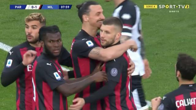 Classe para dar e vender: Zlatan e Rebic 'cozinharam' este golo do Milan