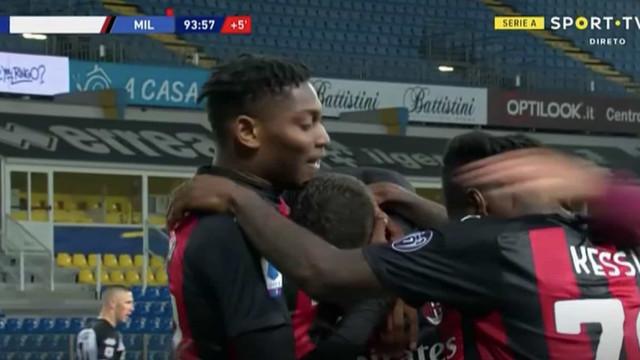 Dalot arrancou, assistiu e Rafael Leão atirou o Parma ao tapete