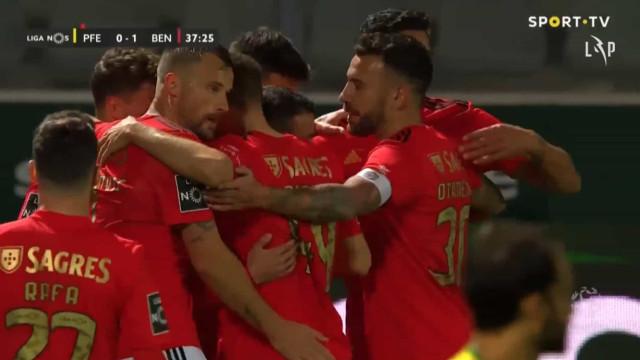 Diogo Gonçalves coloca o Benfica em vantagem à 'bomba'