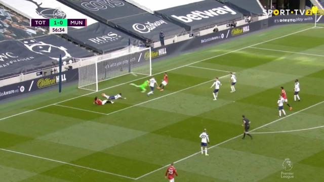 Fred furou a defesa do Tottenham e restabeleceu a igualdade