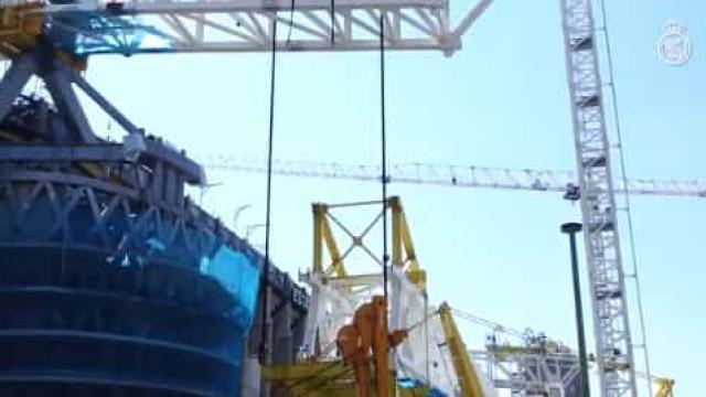 Bernabéu recebe primeira peça de 800 toneladas e está irreconhecível
