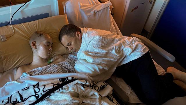 Fotógrafo partilha 1.ª e última foto que tirou à filha, vitima de cancro
