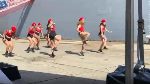'Twerk' em evento da Marinha australiana causa polémica. Eis as imagens
