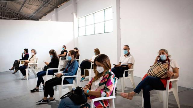 AO MINUTO: PSP identifica 80 pessoas. UE pode não renovar com AstraZeneca