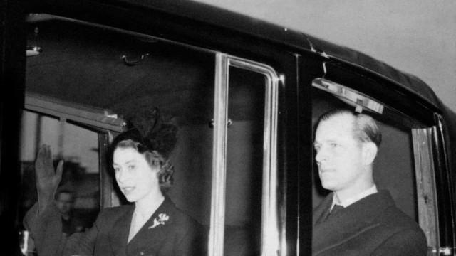 Rainha Isabel II faz 95 anos: Uma retrospetiva fotográfica