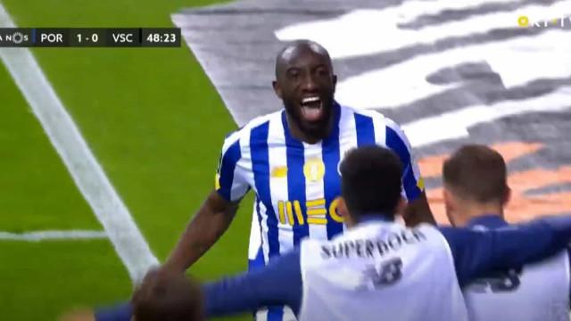 Marega volta aos golos e inaugura marcador no FC Porto-Vitória SC