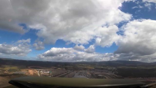 Força Aérea sobrevoa Autódromo de Portimão antes de GP. Ora veja