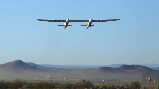 """""""Estamos no ar"""". Avião mais largo do mundo concluiu 2.º teste com sucesso"""