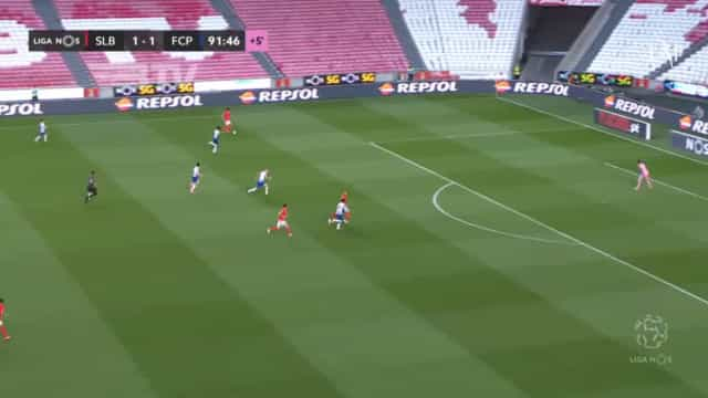 O golo invalidado a Pizzi à beira do apito final