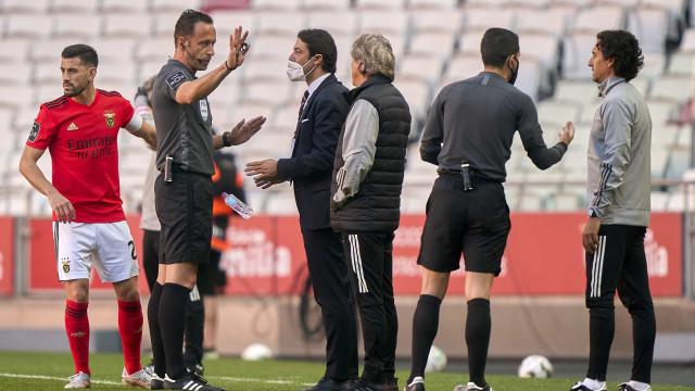 APAF avança com queixa no CD contra Benfica, Jesus, Grimaldo e Otamendi
