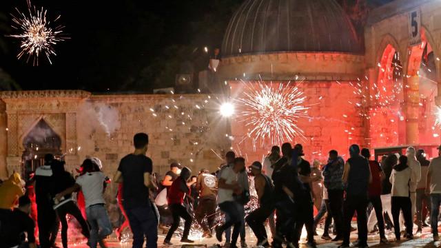Sobe para 169 o número de feridos nos confrontos em Jerusalém