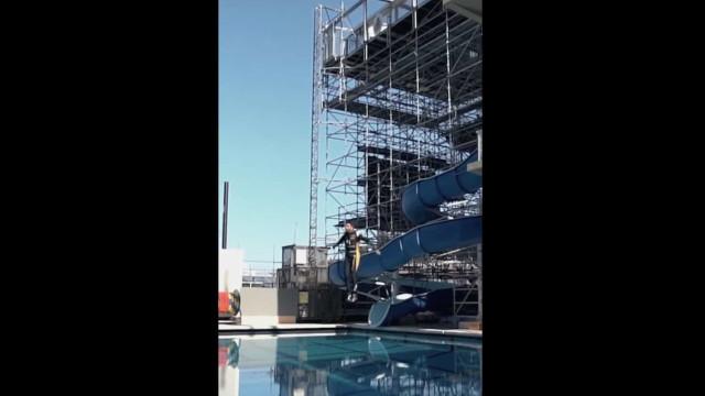 Os festejos efusivos de Félix da Costa que terminaram... na piscina