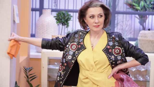 Arrepiante. Público homenageia Maria João Abreu com ovação em teatro