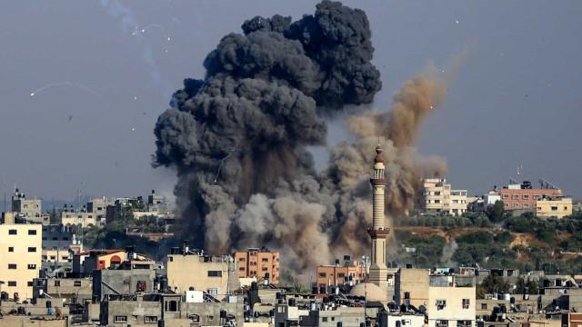 Israel lança novos ataques aéreos sobre a Faixa de Gaza
