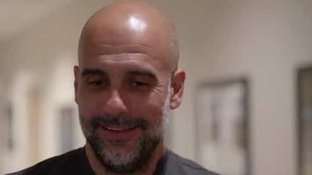 A reação de Guardiola após o City recuperar o título de campeão inglês