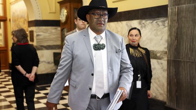 Deputado maori foi expulso do parlamento neozelandês após fazer haka