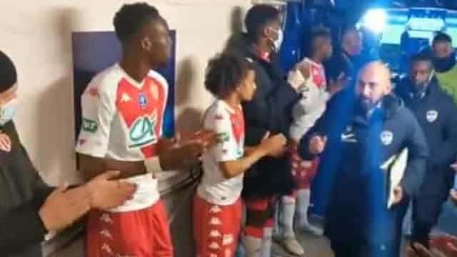 AS Monaco elimina equipa do quarto escalão e faz guarda de honra no final