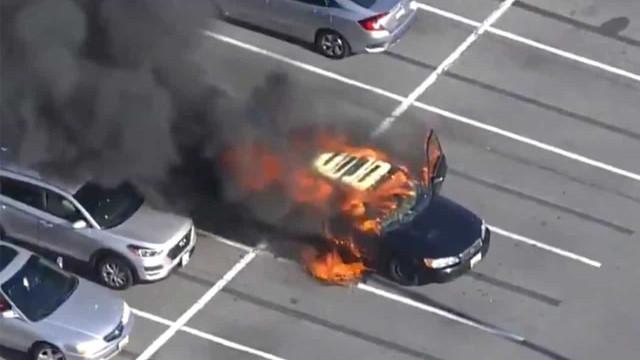 EUA. Carro arde após condutor usar desinfetante de forma imprudente