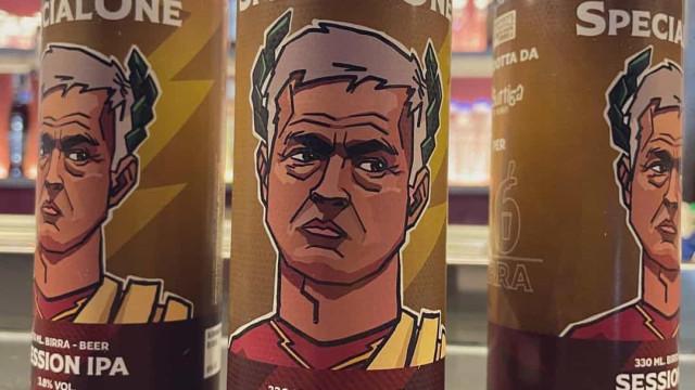 'Mourinhomania' toma conta de Roma. Depois do gelado... a cerveja