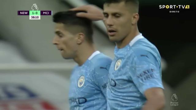 João Cancelo enche o pé e relança o Manchester City em St. James' Park
