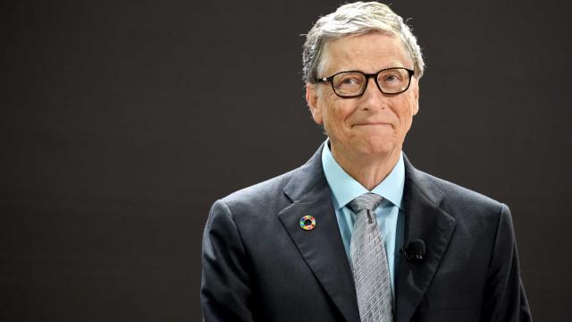 Bill Gates teve um longo caso amoroso com uma funcionária da Microsoft