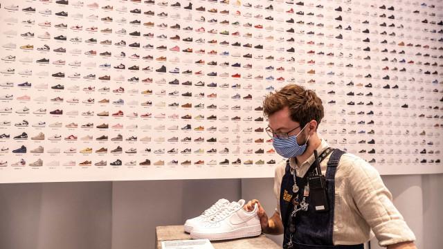 Exposição em Londres eleva sapatilhas ao estatuto de obra de arte