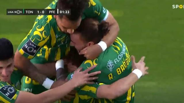 Golaço de João Pedro abre marcador no Estádio João Cardoso